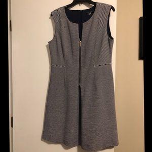 TOMMY HILFIGER NAVY/ WHITE DRESS Size 12